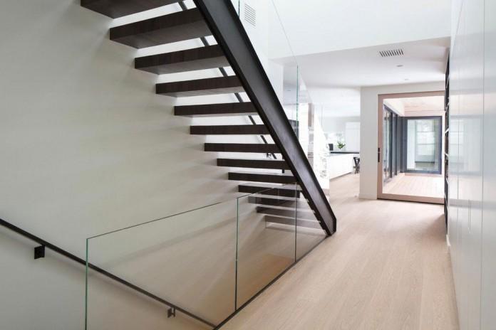 Hillsden-House-by-Lloyd-Architects-11