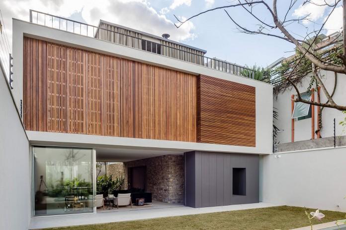 Lara house by Felipe Hess-00