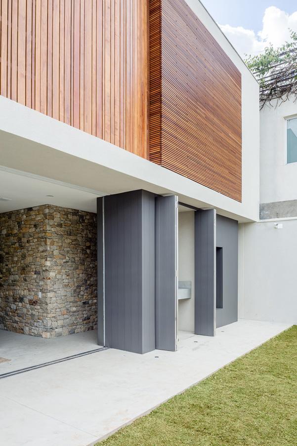Lara house by Felipe Hess-13