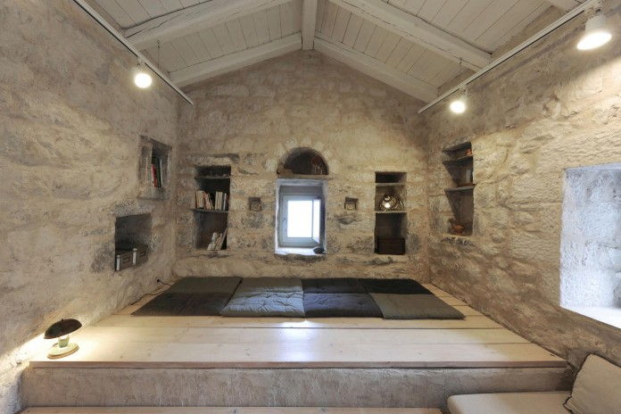 Maina Villa located on an abandoned 18th century megalithic two-storey building by Z-level-14