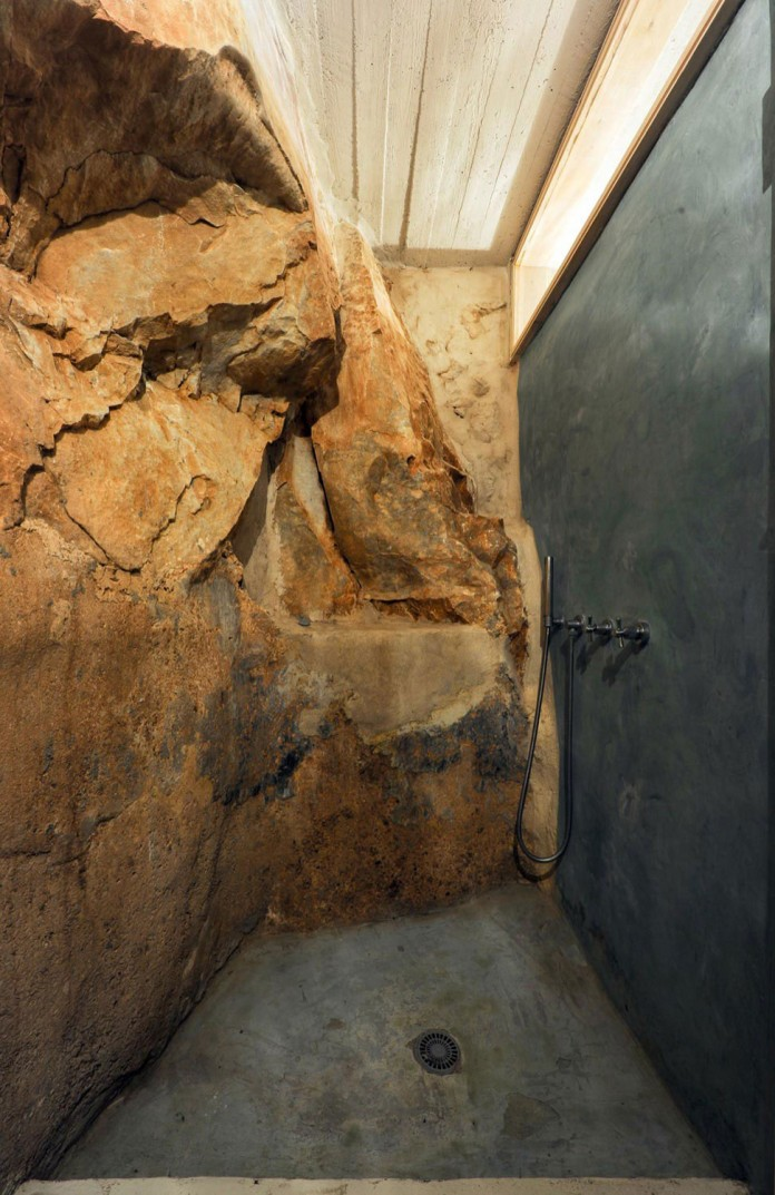 Maina Villa located on an abandoned 18th century megalithic two-storey building by Z-level-25