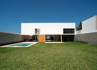 Miermana Villa by NOMENA