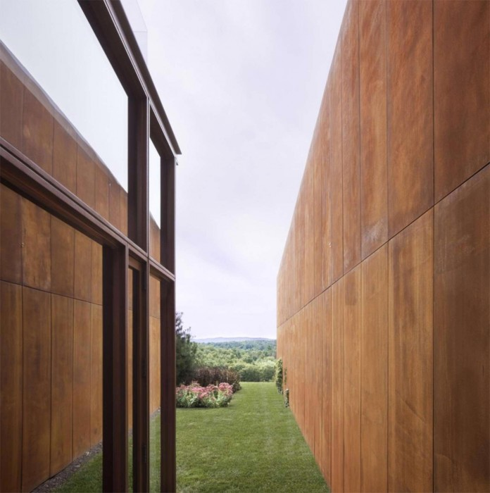 Millbrook-House-by-Thomas-Phifer-and-Partners-07