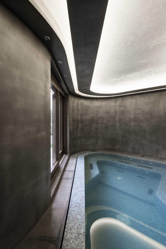 Modern-private-house-in-Perugia-by-Giammetta-Architects-21