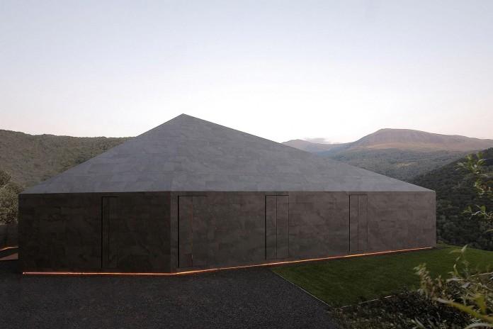Montebar-Villa-by-JMA-03