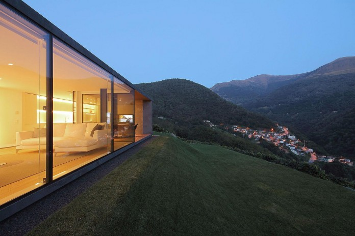 Montebar-Villa-by-JMA-07