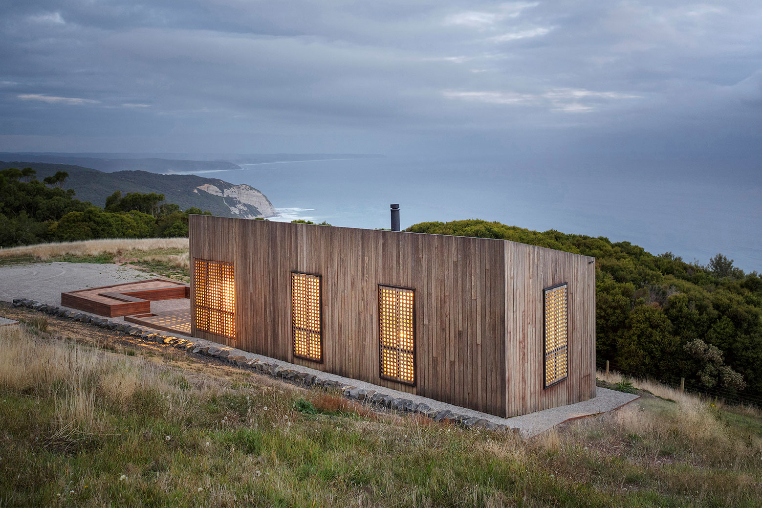 Moonlight cabin retreat with great sea views by Jackson Clements Burrows-11