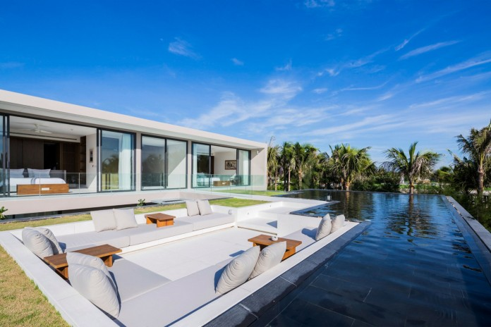 Naman Beach Home by MIA Design Studio-03