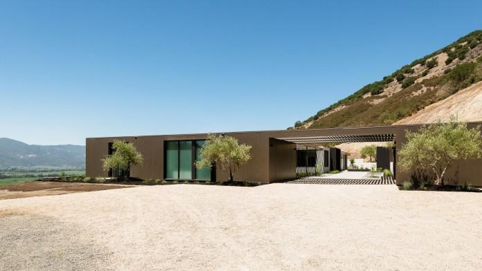 Oakville-View-Residence-by-John-Maniscalco-01