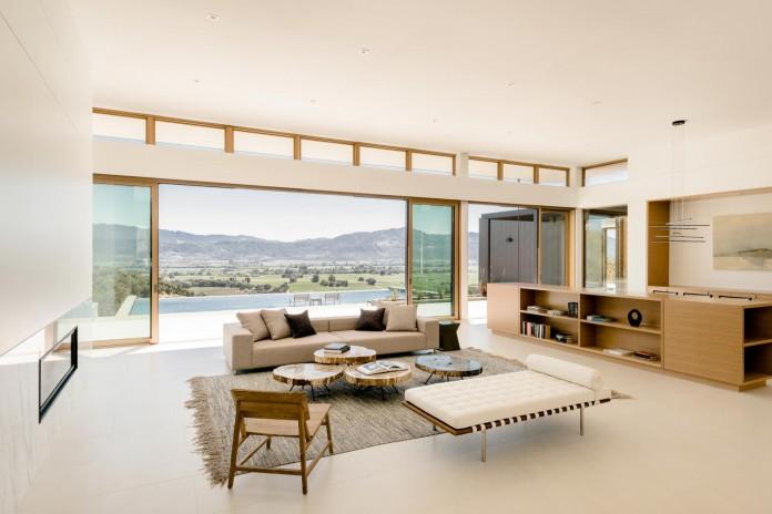 Oakville-View-Residence-by-John-Maniscalco-07