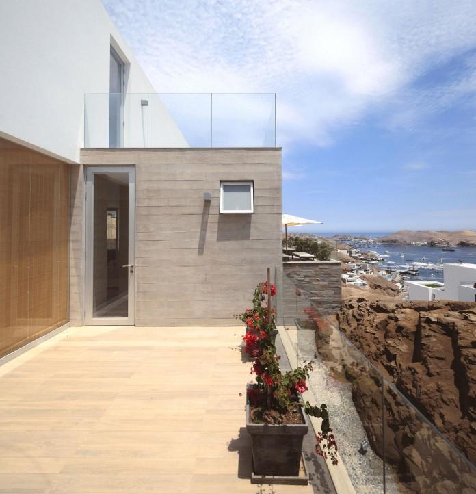 P2-House-Poseidon-by-Domenack-arquitectos-10
