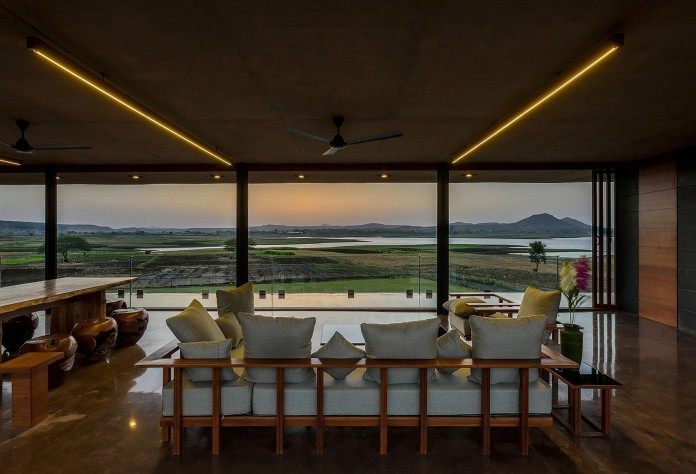 Panorama House by Ajay Sonar-08