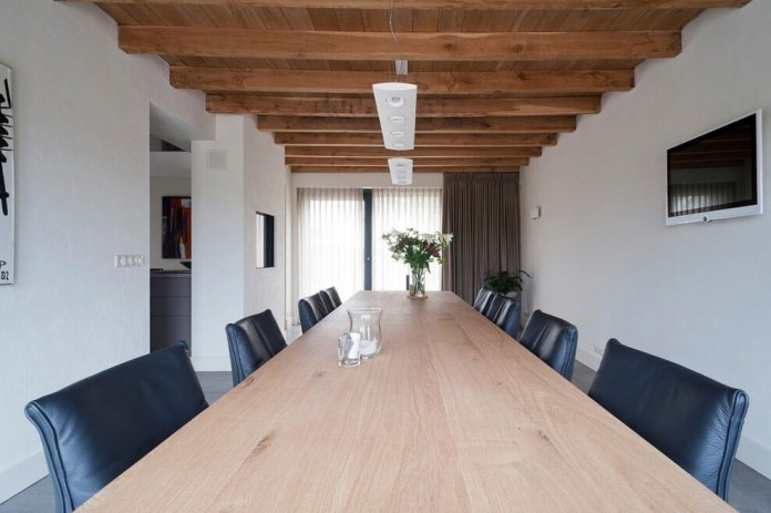 Project-V-old-home-converted-into-contemporary-traditional-residence-by-Doret-Schulkes-Interieurarchitecten-08