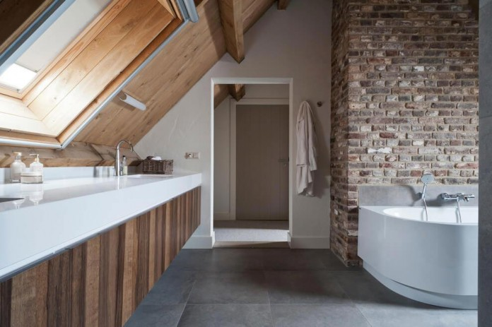 Project-V-old-home-converted-into-contemporary-traditional-residence-by-Doret-Schulkes-Interieurarchitecten-13
