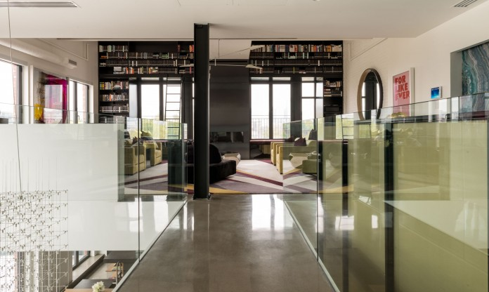 Redpath industrial chic apartment by Les Ensembliers-01