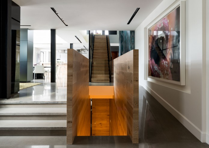 Redpath industrial chic apartment by Les Ensembliers-19