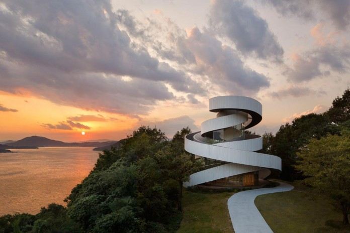 Ribbon-Chapel-NAP-Architects-01
