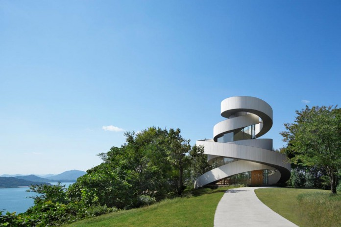 Ribbon-Chapel-NAP-Architects-07