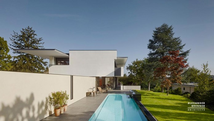 SOL-House-by-Alexander-Brenner-Architects-01