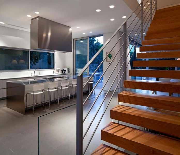 SP-House-by-Yulie-Wollman-18