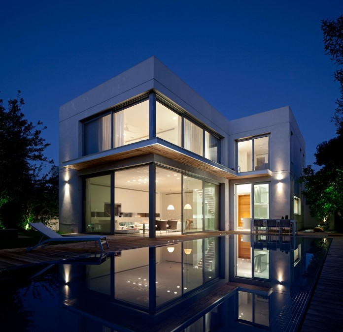 SP-House-by-Yulie-Wollman-22