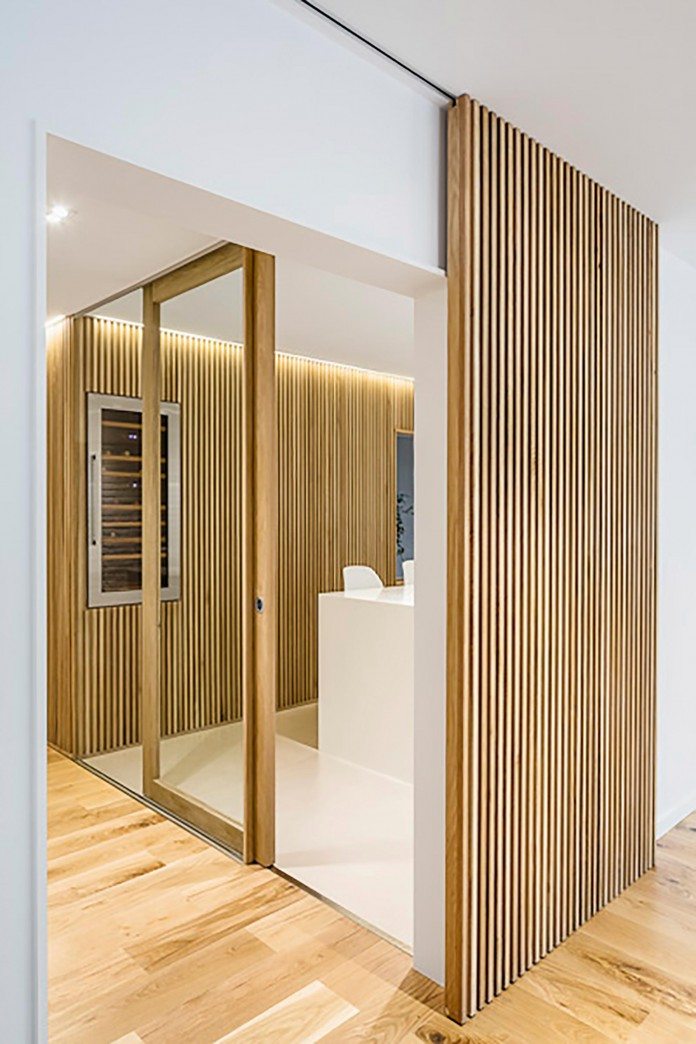 Sculptured-Central-Nucleus-Apartment-in-Barcelona-by-Sergi-Pons-architects-02