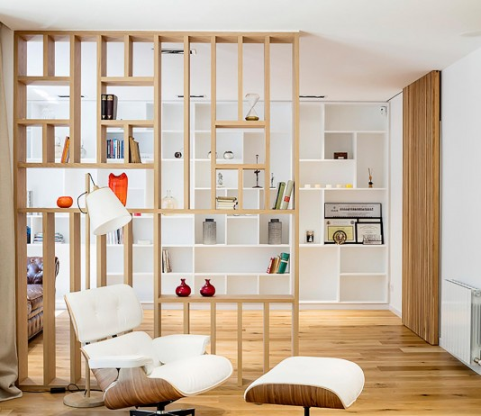 Sculptured Central Nucleus Apartment in Barcelona by Sergi Pons architects