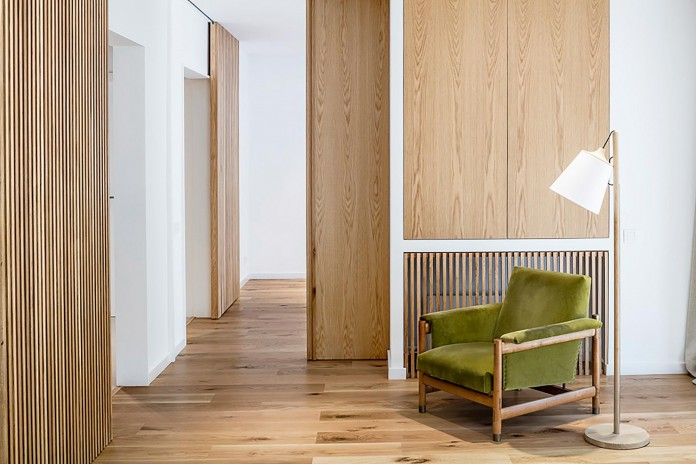 Sculptured-Central-Nucleus-Apartment-in-Barcelona-by-Sergi-Pons-architects-10