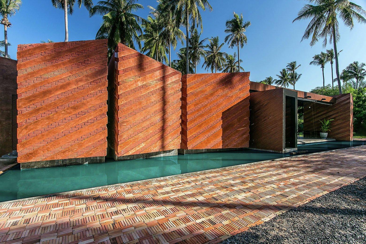Somjai House by NPDA studio-01