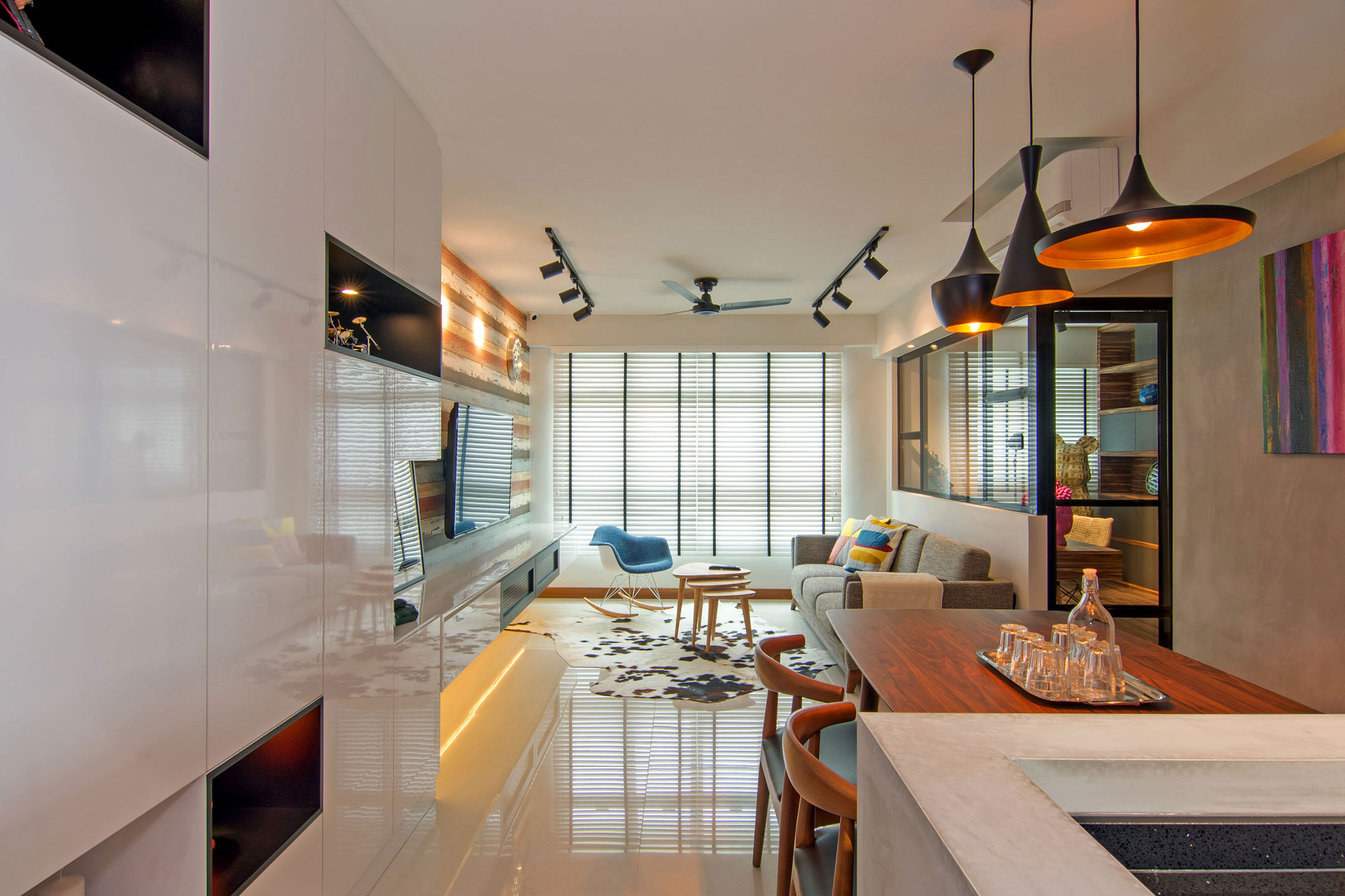 Stylish Apartment For Young Couple In Singapore By Vievva Designers 03