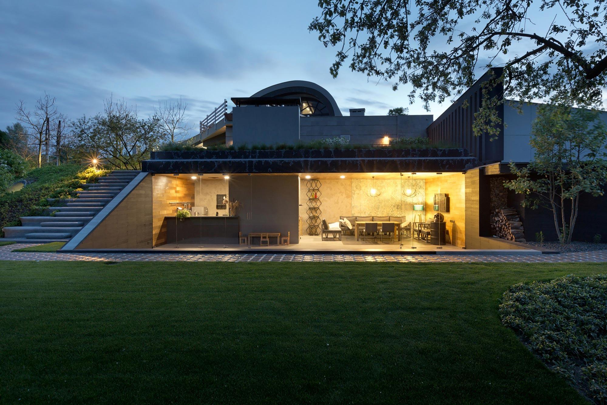Stylish modern house in kharkiv by sbm studio caandesign for Studio house