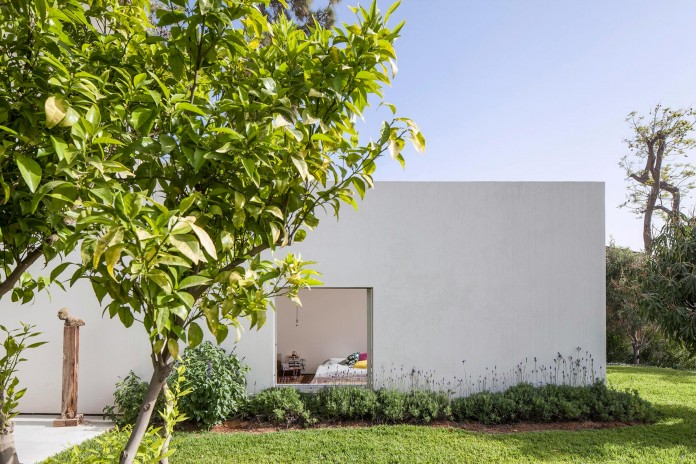 T:A House by Paritzki & Liani Architects-02