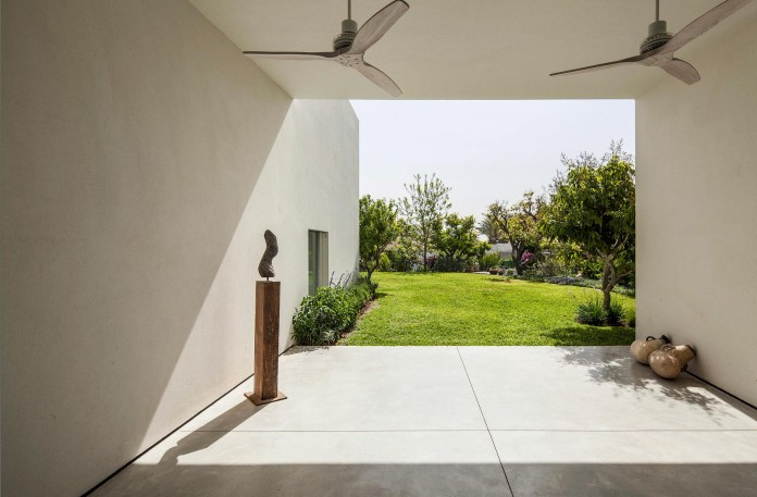 T:A House by Paritzki & Liani Architects-06