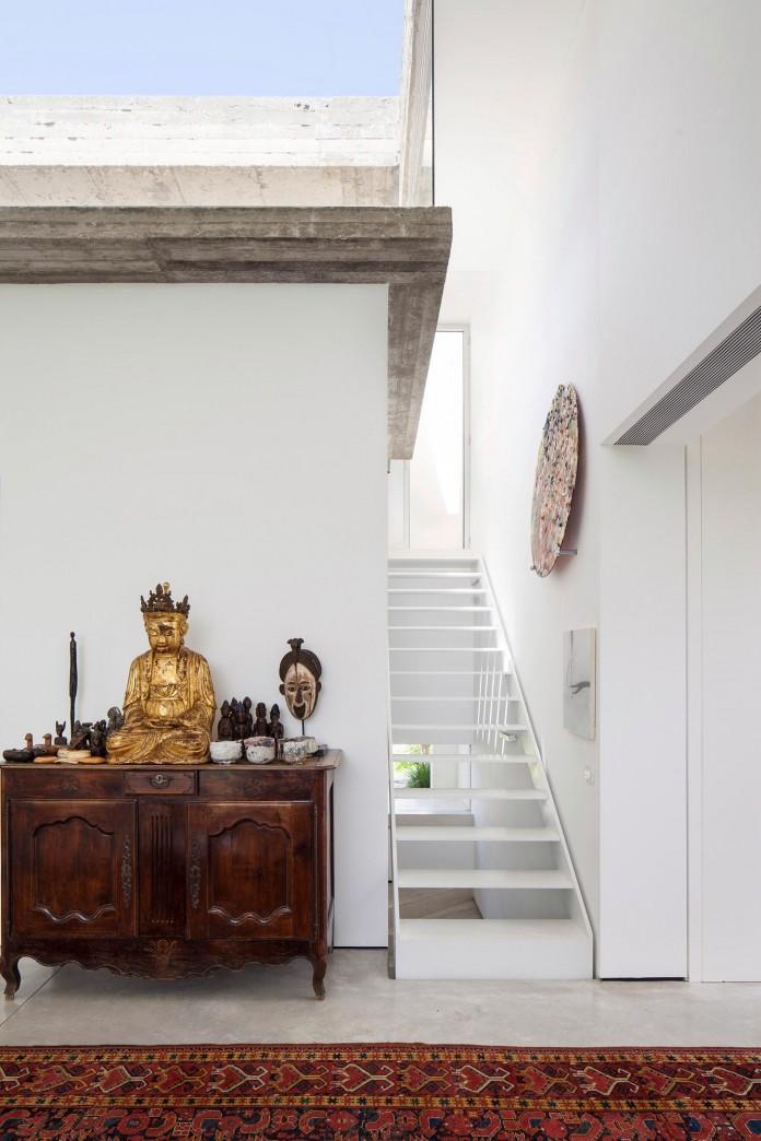 T:A House by Paritzki & Liani Architects-14