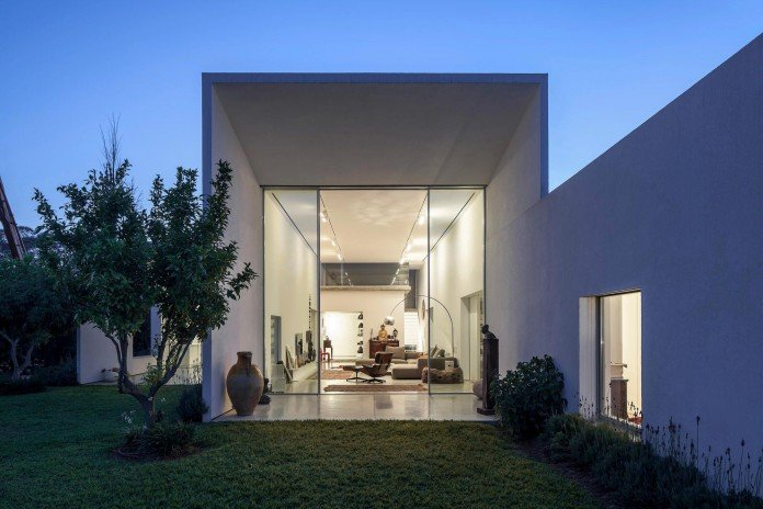 T:A House by Paritzki & Liani Architects-17