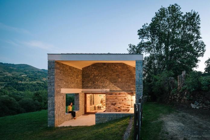 TMOLO-House-by-PYO-arquitectos-03