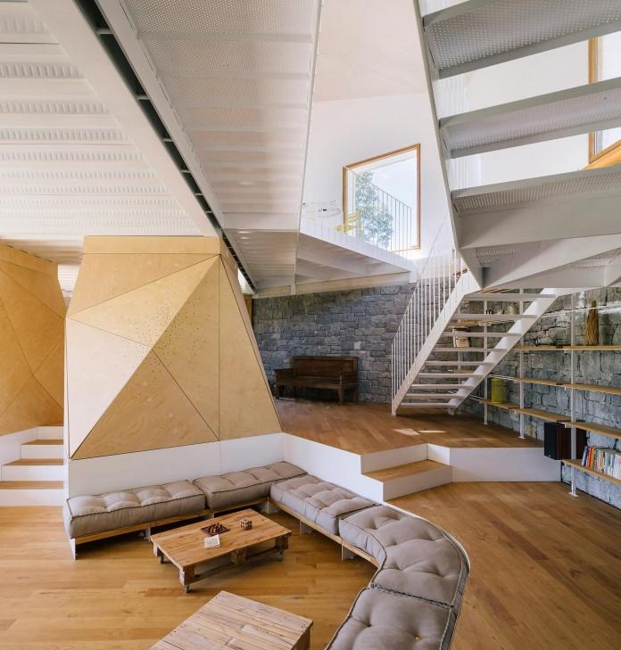 TMOLO-House-by-PYO-arquitectos-09