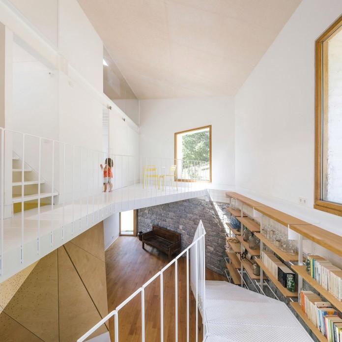 TMOLO-House-by-PYO-arquitectos-11