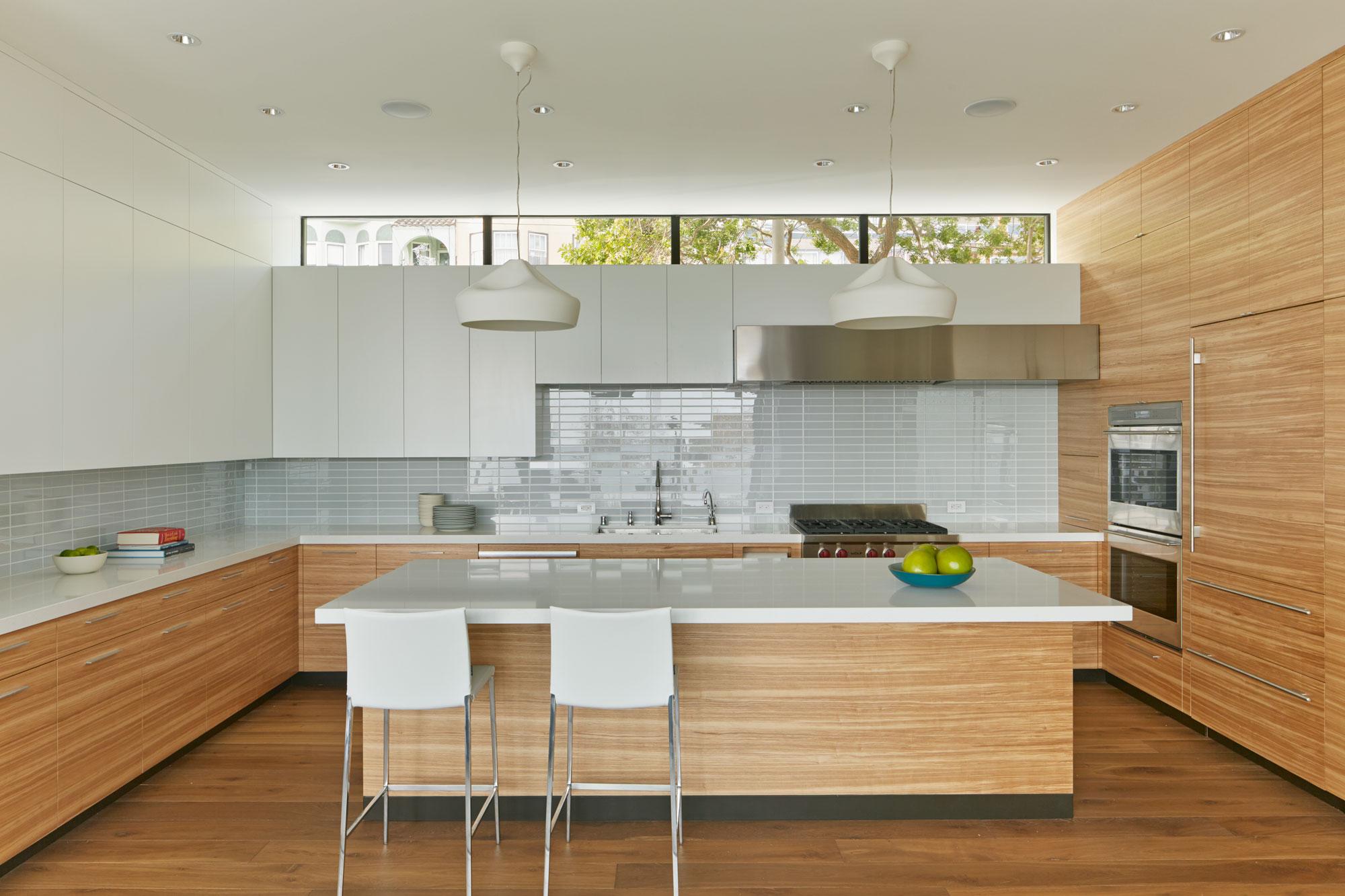 The cohesive modern dwelling Noe residence by Studio VARA-04