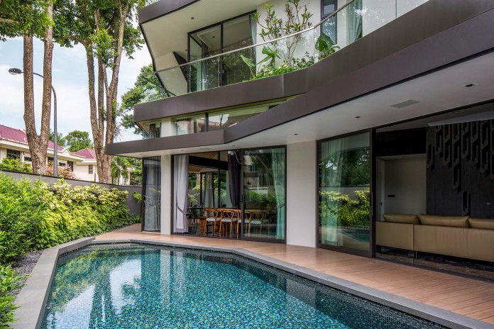 Trevose-House-situated-in-a-lushly-planted-residential-neighbourhood-in-Singapore-A-D-LAB-05