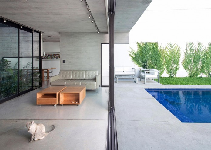 Two-Conesa-Houses-located-in-Buenos-Aires-by-BAK-Arquitectos-08