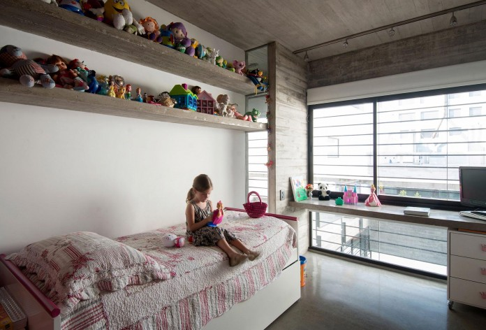Two-Conesa-Houses-located-in-Buenos-Aires-by-BAK-Arquitectos-20