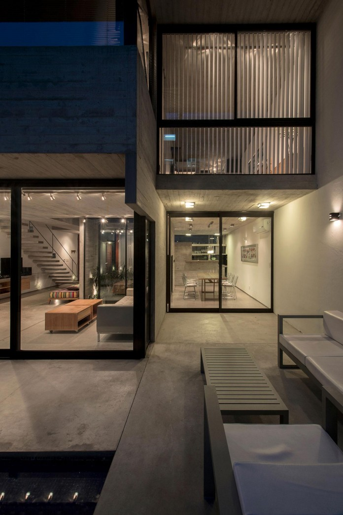 Two-Conesa-Houses-located-in-Buenos-Aires-by-BAK-Arquitectos-25