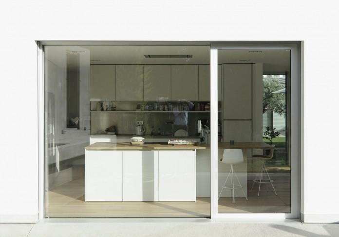 Villa V by Henner + Roland Architectes-09