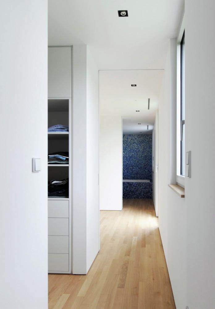 Villa V by Henner + Roland Architectes-10