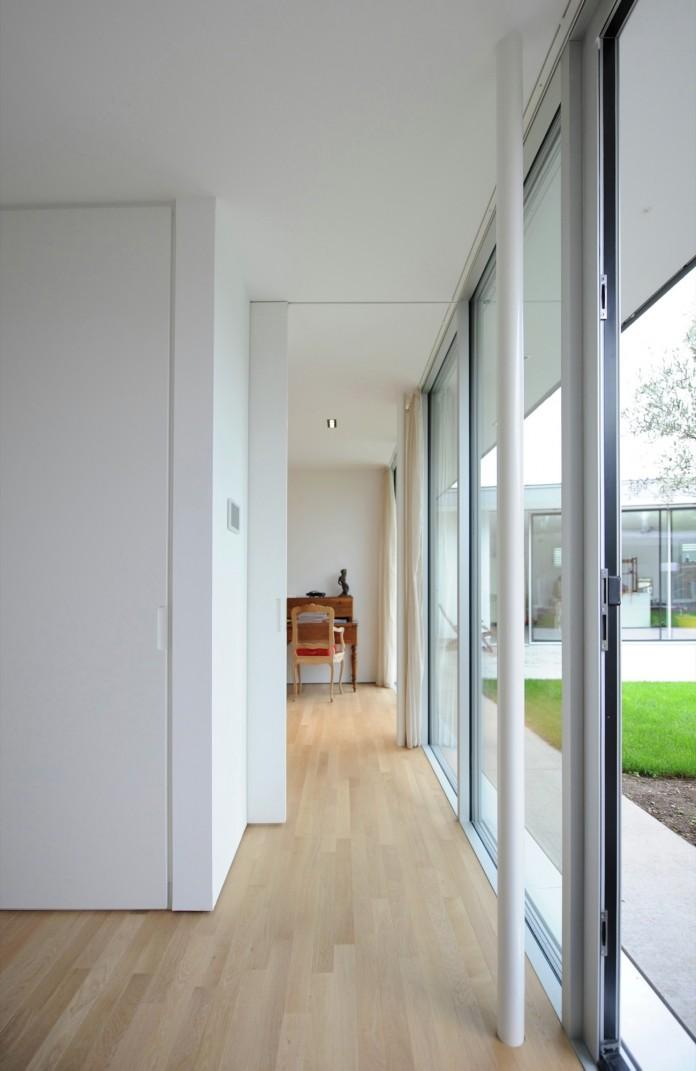Villa V by Henner + Roland Architectes-11