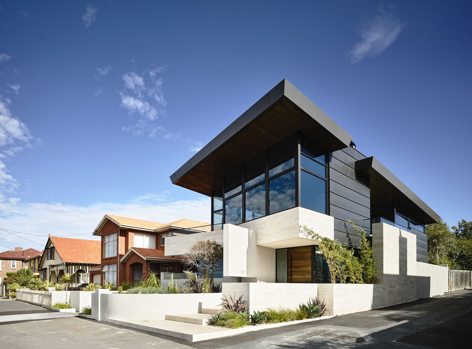 Williamstown Beach by Steve Domoney Architecture-01