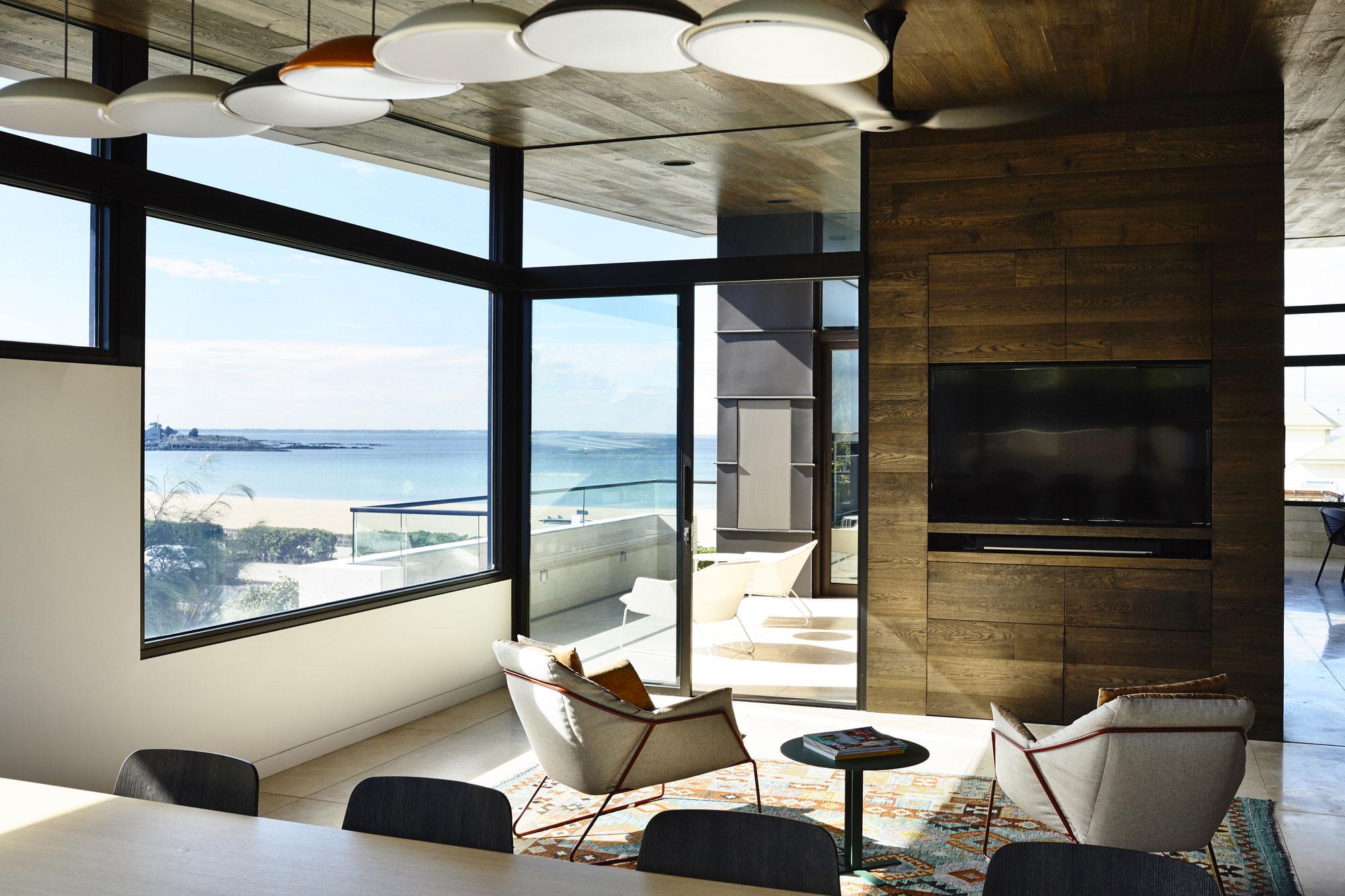 Williamstown Beach by Steve Domoney Architecture-06