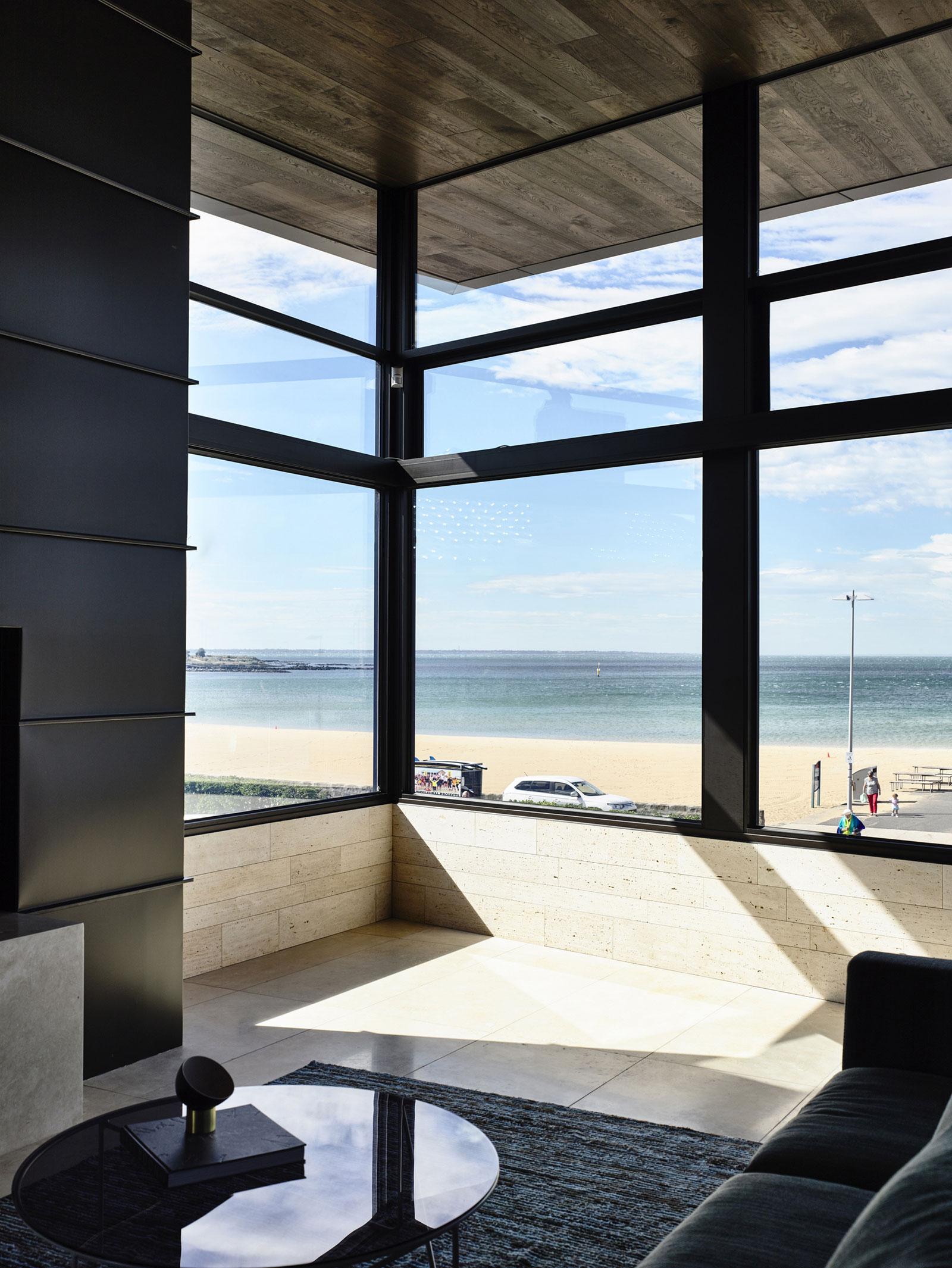 Williamstown Beach by Steve Domoney Architecture-07