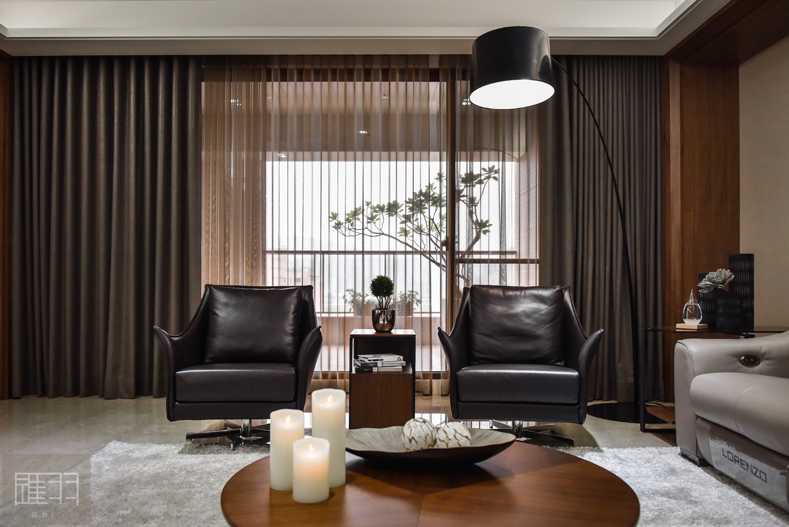 Wood and earthy colour palette modern apartment by Manson Hsiao of Hui-yu Interior Design-06